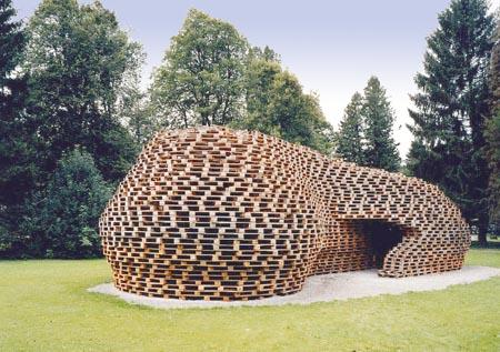 paletten-pavillon